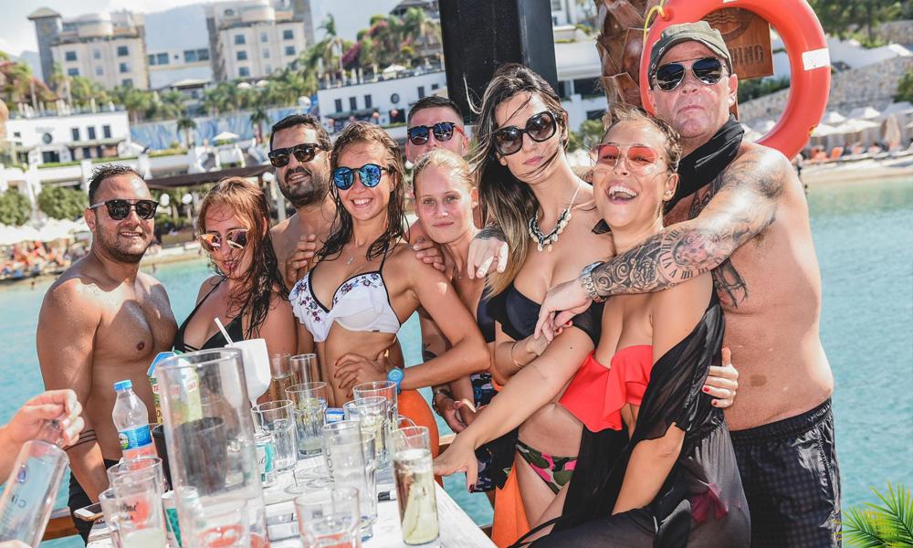 Coco Bongo'da plaj partileri yeniden!