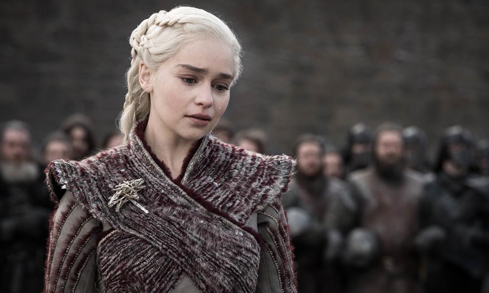 Emilia Clarke: Bağış yaparsanız sizin için yemek pişiririm