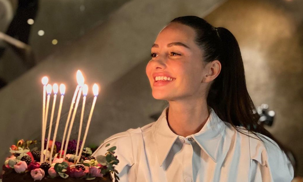 Yasemin Özilhan yaş gününü kutladı!